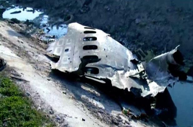 Глава СНБО озвучил четыре версии крушения самолета МАУ