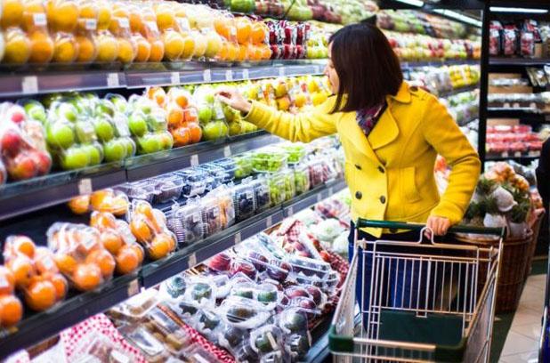 Сколько тратят на продукты в Украине и в Германии?