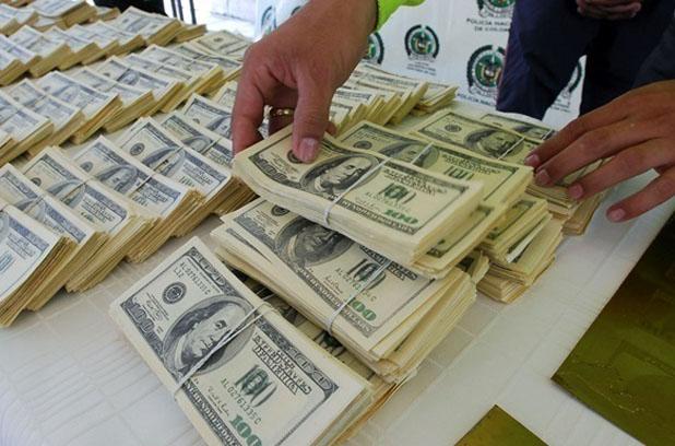 Нацбанк продал 270 млн долларов на межбанке
